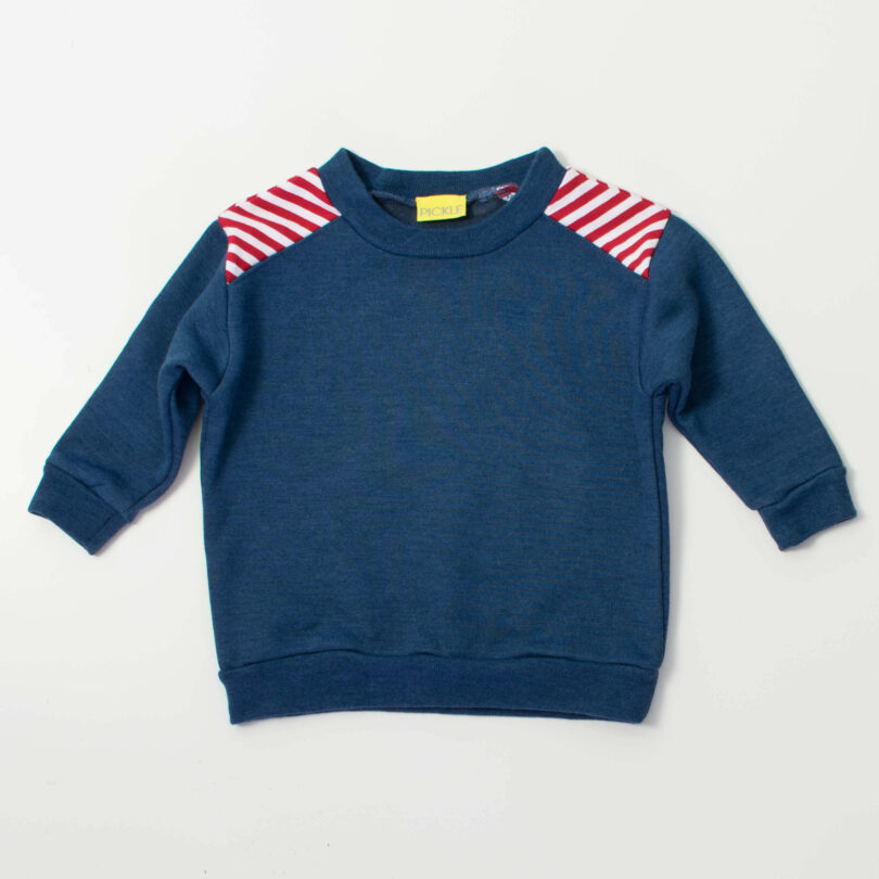 red and white stripes in diagonal on shoulder on a dark blue sweatshirt